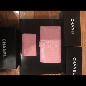Chanel cc logo wallet with matching key holder